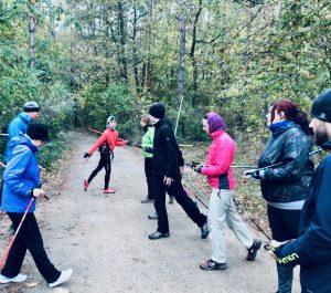 ukázka správné techniky odrazu při Nordic Walking
